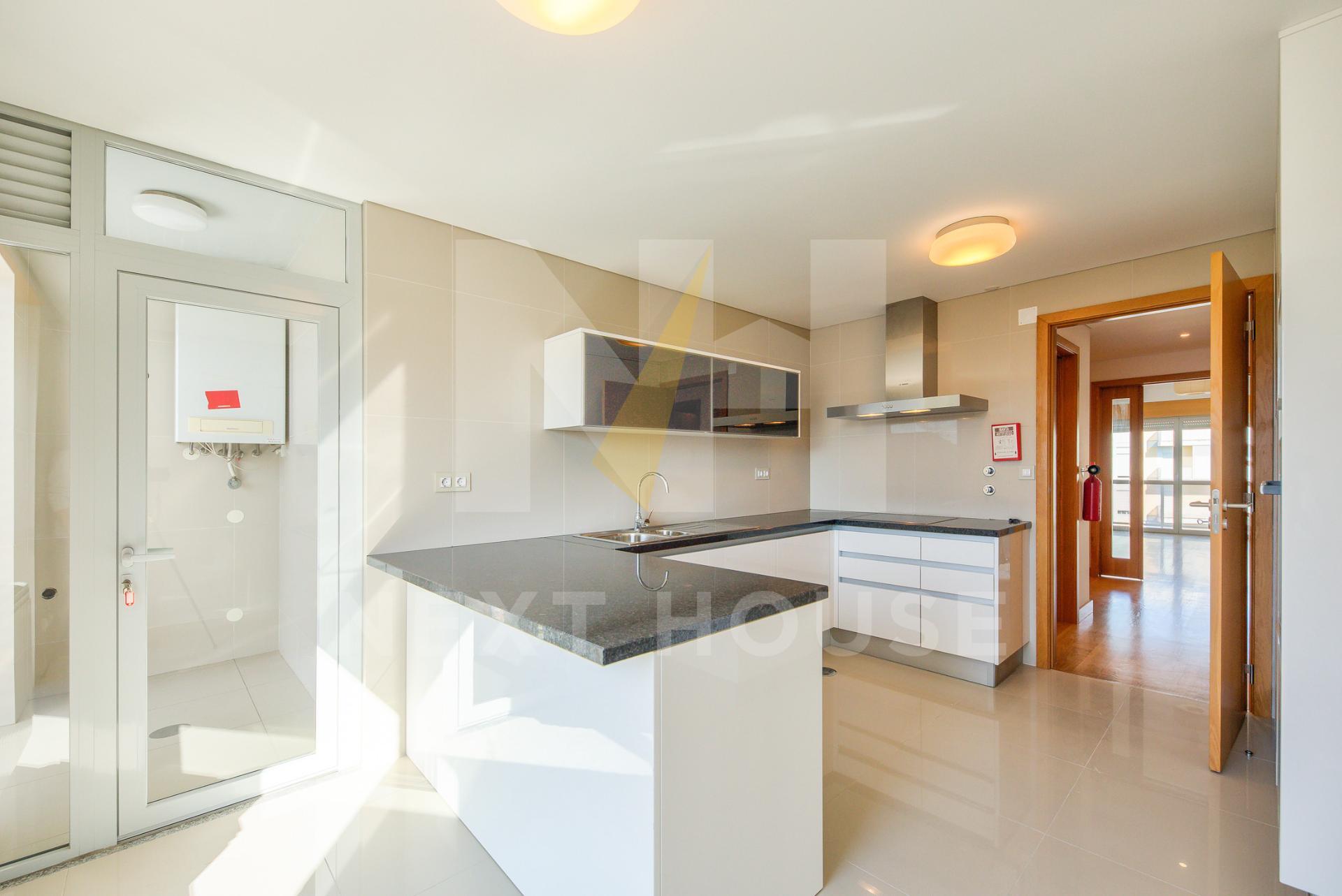 Apartamento T4 no centro de Aveiro  - Aveiro, UDF De Glória E Vera Cruz