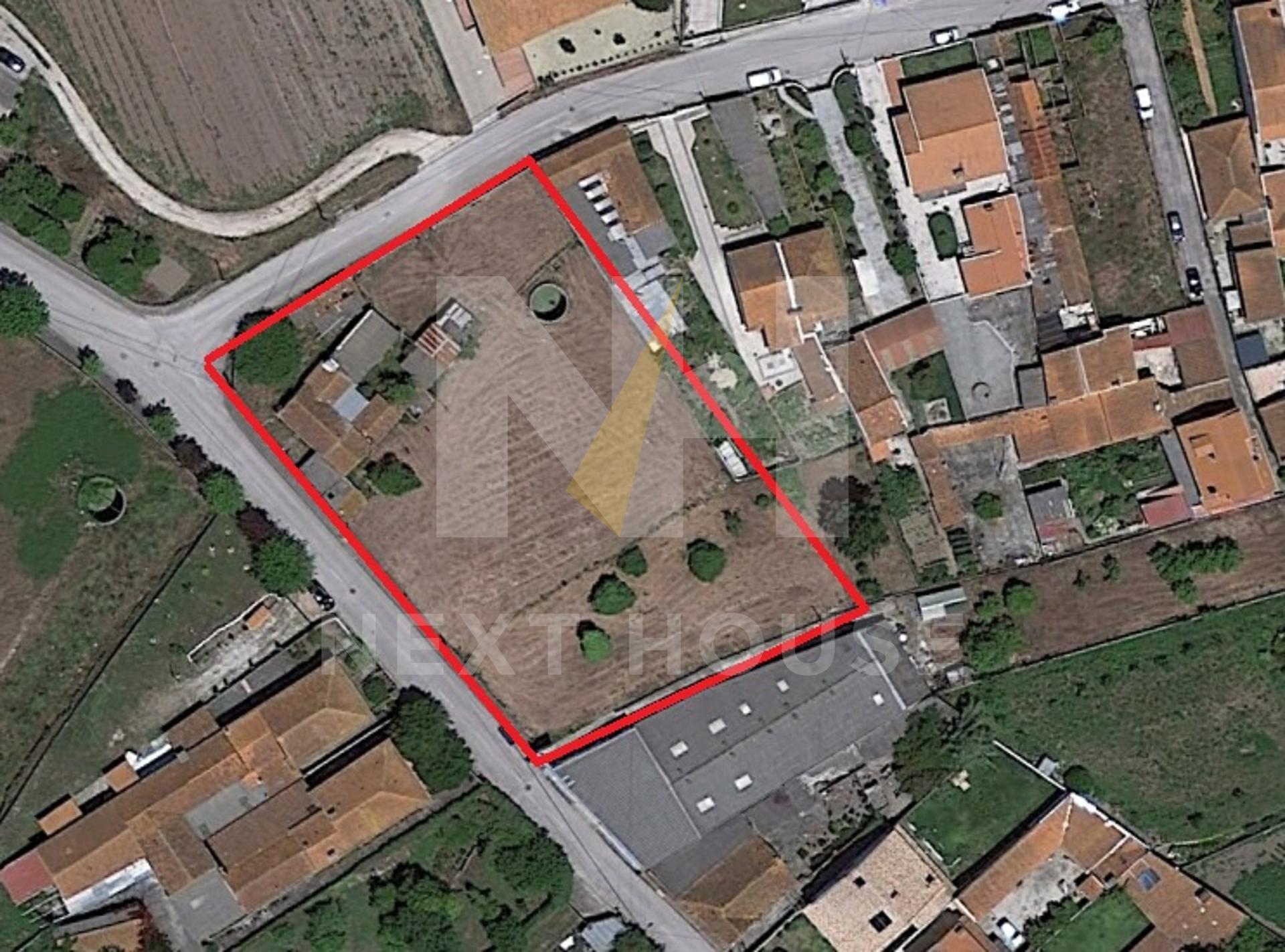 Terreno 8 moradias entrada Aveiro  - Aveiro, Santa Joana